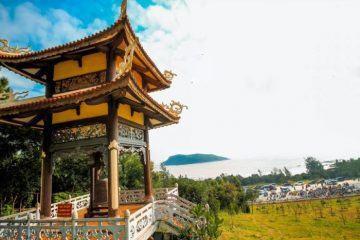 Vũng Chùa – Đảo Yến – Viếng mộ bác Giáp.